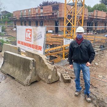 Hr. Thanhofer (Planungs- und Baustellenkoordinator)