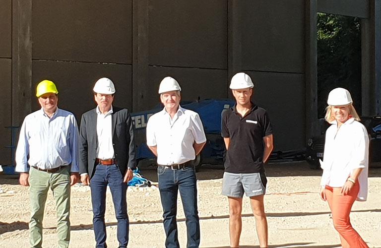 Das Bauvorhaben zeichnet sich durch die gute Zusammenarbeit zwischen Bauherren, Baufirma und Baustellenkoordinator aus!